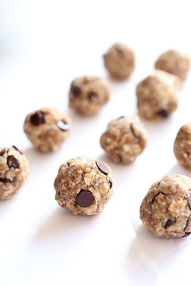 Energy Balls! So easy make with oats, coconut, maple syrup, flax seed meal and vanilla! No bake and totally gluten free, nut free and vegan!