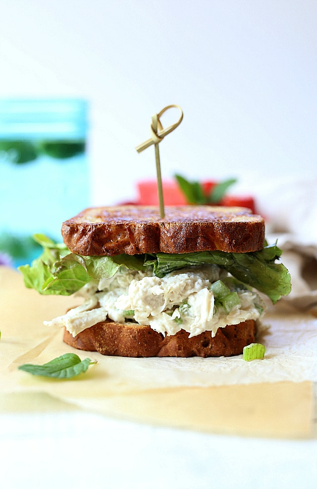Healthy leftover turkey salad sandwich recipe to use up all that delicious turkey from Thanksgiving into lunches for the week!