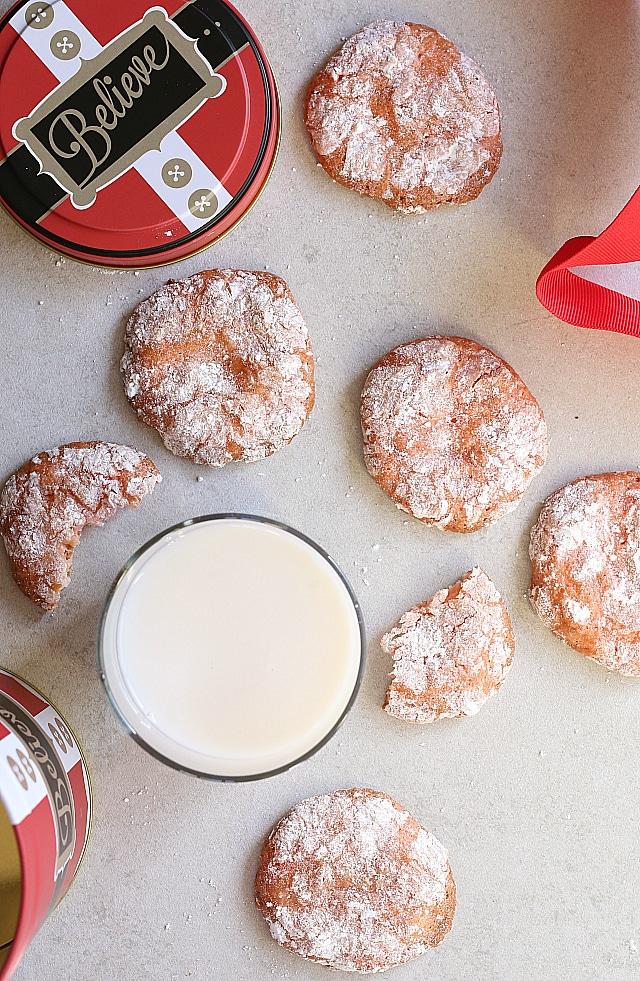 Christmas crackle cookies