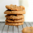 5-Ingredient Healthy Peanut Butter Cookies (Vegan)
