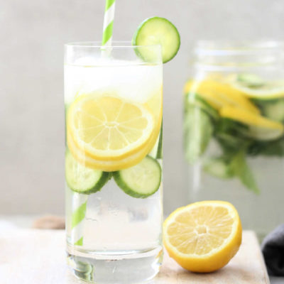 Lemon Cucumber Mint Water aids to detox the body, prevent kidney stones, enhance hydration, has anticancer properties, and supports healthy weight loss. #detox #water #lemon #cucumber #mint #recipe #healthy | recipe at delightfulmomfood.com