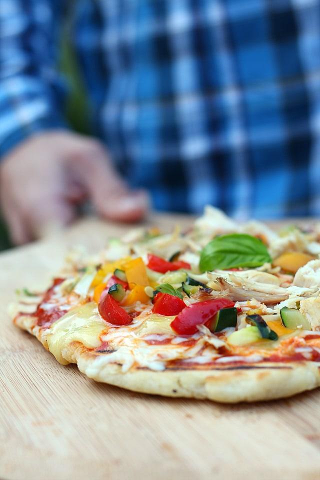 Grilled pizza crust recipe