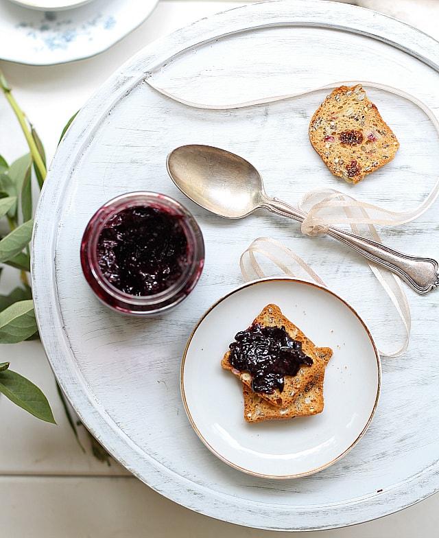 low sugar homemade blueberry jam recipe