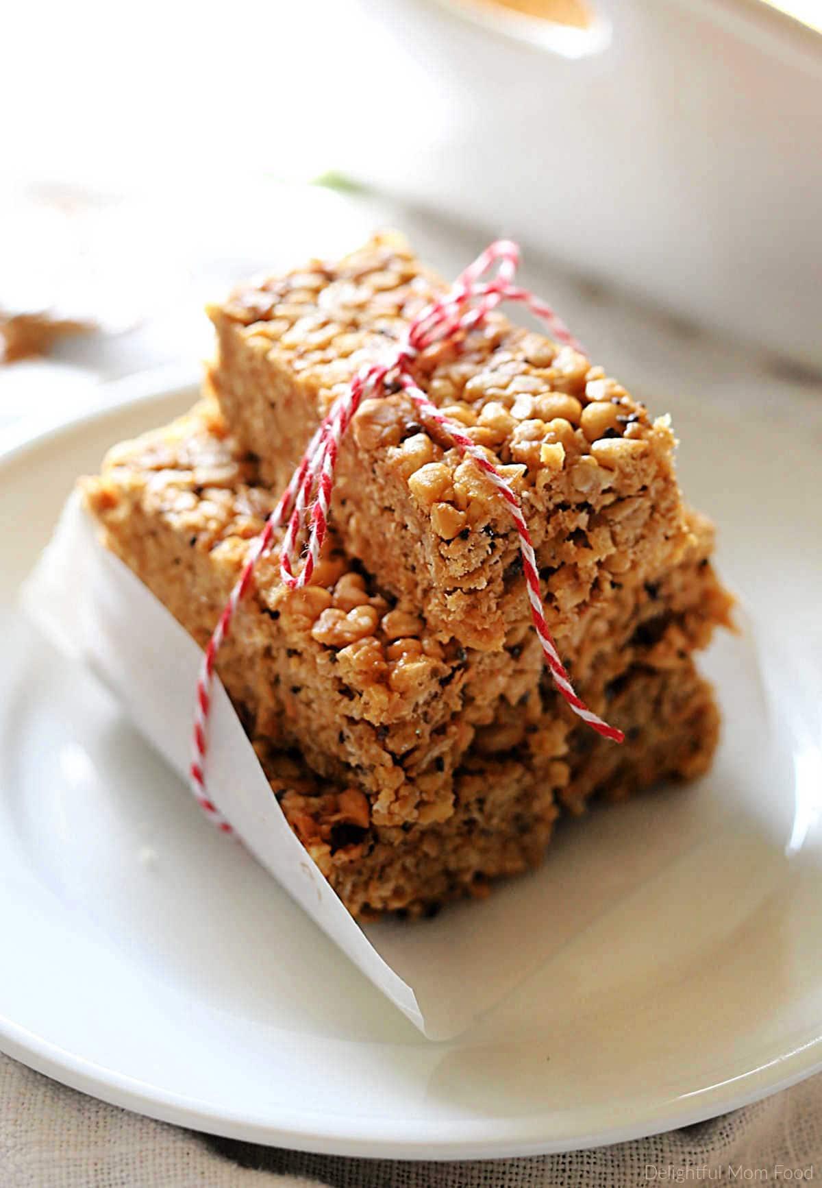 easy no bake crispy peanut bars recipe