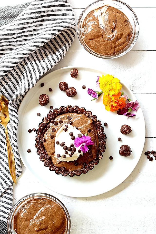 Easy Chocolate Pie Recipe (Vegan Paleo Gluten Free)