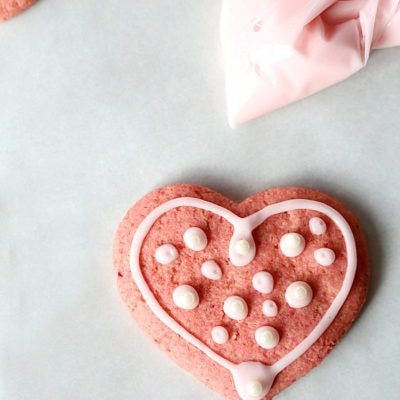 Healthy Vegan Sugar Cookies Made With Beets (not just the juice!)