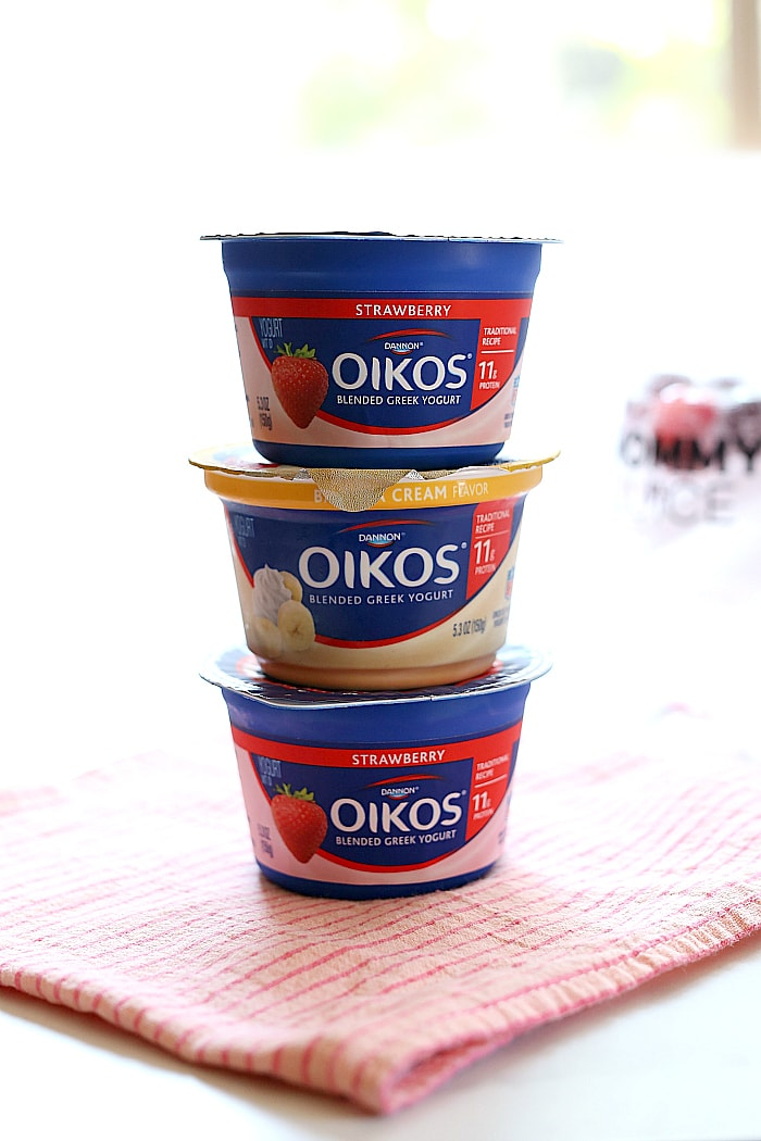 oikos strawberry and banana cream yogurt