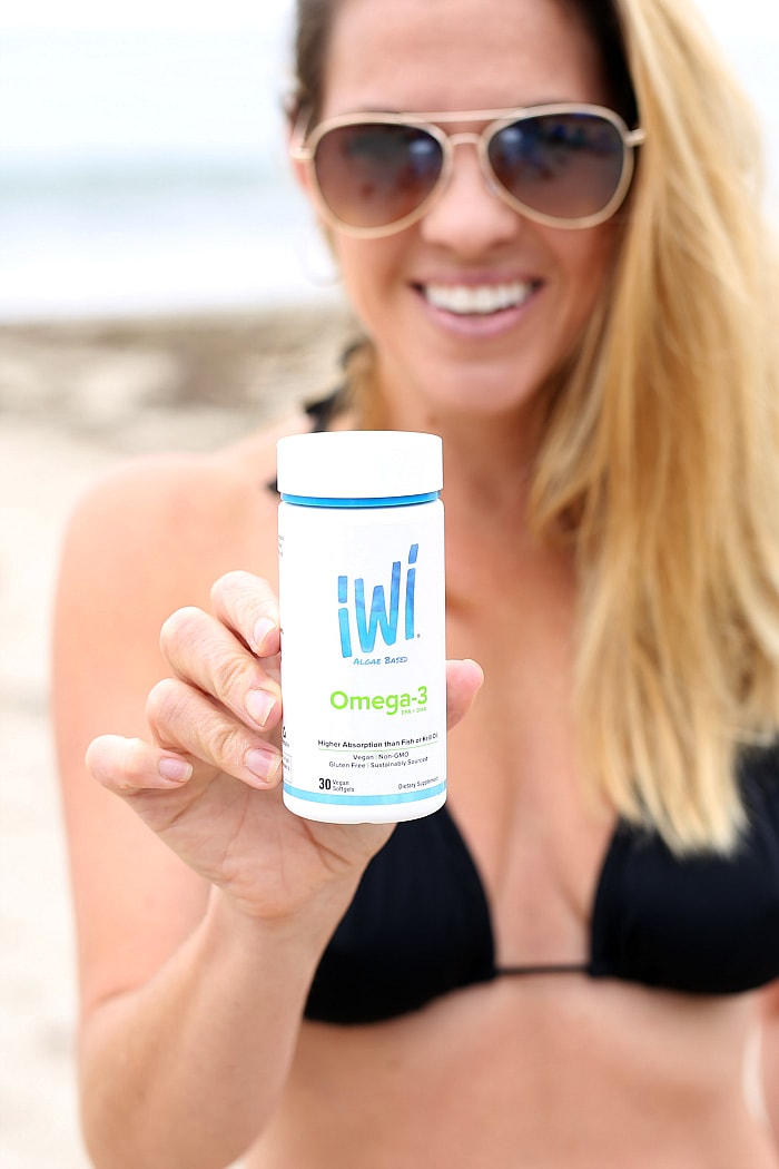 5 Health Benefits of Omega-3 Oil, EPA & DHA and what foods (and supplement) you should be eating to get these heart and brain-healthy fatty acids for optimal wellness. #omega3 #algae #healthy #supplements #ad #jointheiWitribe | delightfulmomfood.com