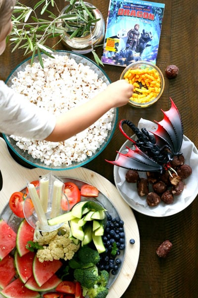 """How To Make An Epic Family Movie Night With How To Train Your Dragon 3!Includes winning healthy snack ideas like """"Dragon Droplets"""" for making a fun filled family movie night the kids can get involved putting together!#ad#pmedia #TrainYourDragonAtWalmart #familymovienight #healthysnacks 