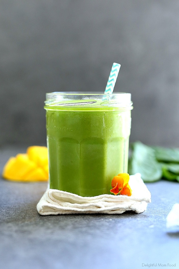 The BEST Green Smoothie Recipe! A healthy and easy green smoothie made with spinach, parsley, mango and pineapple. This green smoothie recipe can be turned into a smoothie bowl too. It hydrates, energizes, is delicious and has the option for adding supplements for more nutrition! #greensmoothierecipe #drink #beverage #smoothie #breakfast #healthy #easy #best #green #smoothie #glutenfree #vegan #mango #spinach   Delightful Mom Food
