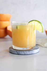 Grapefruit juice recipe drink in a glass for weight loss and to burn fat in the body.